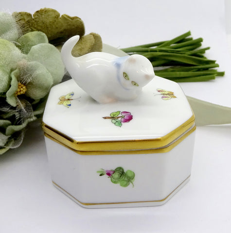 HEREND KIMBERLY PORCELAIN TRINKET BOX Cute Kitten Gold Trimmed Edge