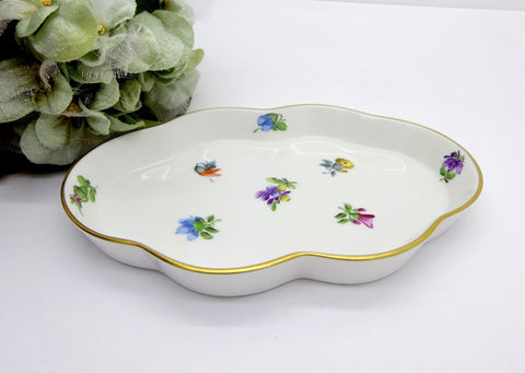 HEREND PORCELAIN KIMBERLY WAVY EDGE PIN TRAY DISH
