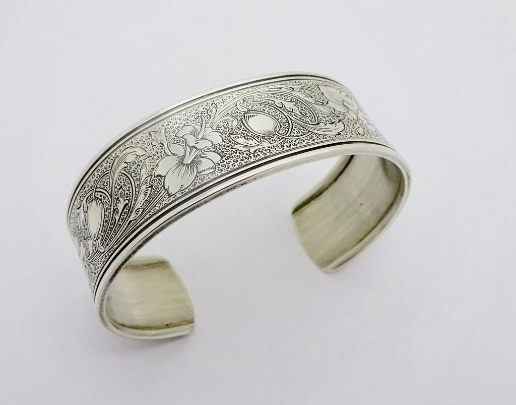 ED LEVIN STERLING SILVER FUCHSIA FLORAL CUFF BRACELET