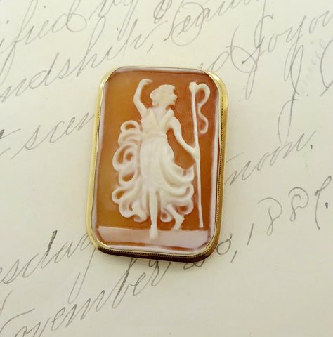 Vintage 14K Gold Carved Shell Cameo Dancing Maiden Pin Pendant