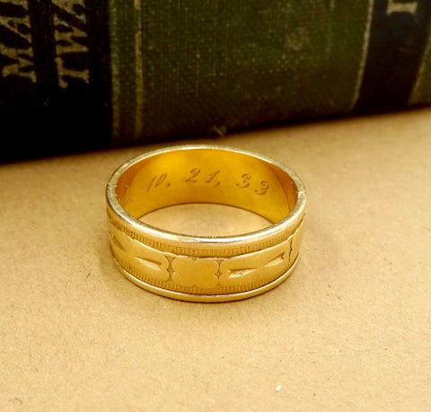 Art Deco 14k Yellow Gold Band Ring Unisex Engraved Design Sz 7 3/4 Circa 1933
