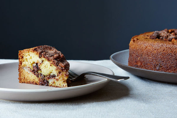 Chocolate-Chip-Sour-Cream-Coffee-Cake-with-Apples