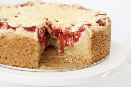 Vegan-Cherry-Cream-Cheese-Coffee-Cake
