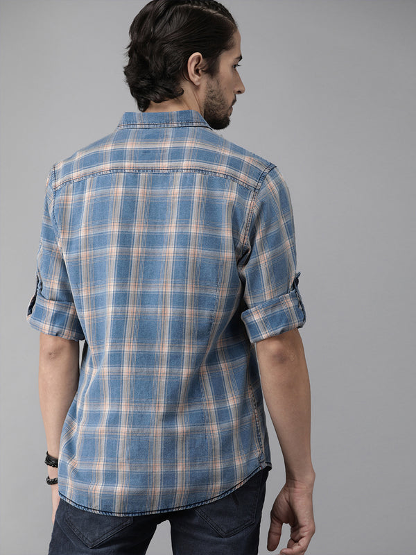 Roadster Men Blue and Beige Regular Fit Checked Casual Shirt