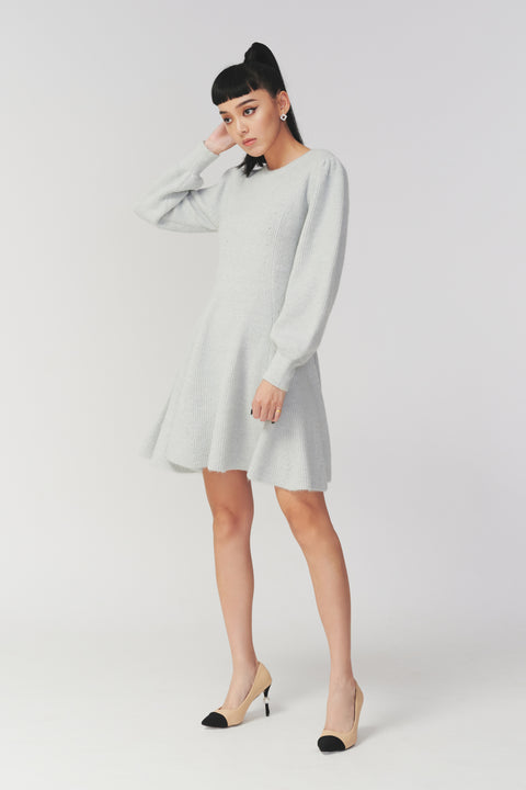 (Pre-order) You're my fav puffy sleeves knitted dress in grey