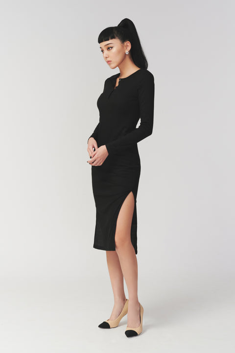 Always on call elastic dress in black
