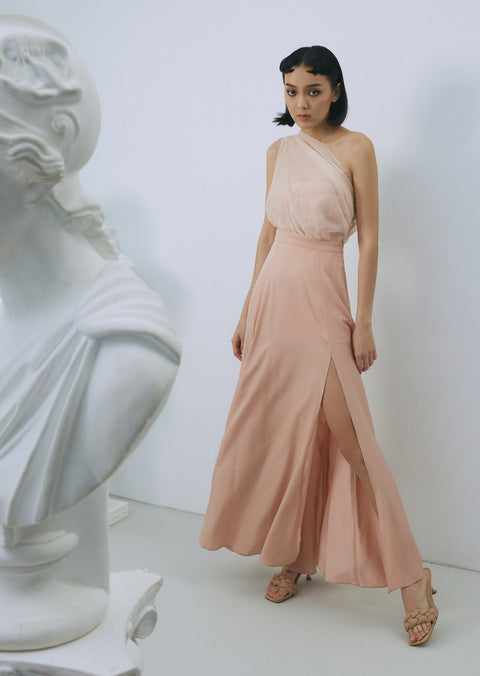 The prettiest bridesmaid chiffon gowm in pink