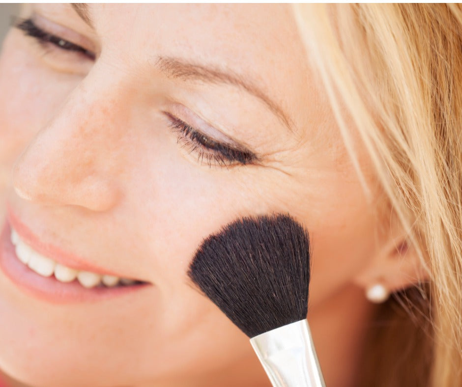 Top mistake mature women make with foundation