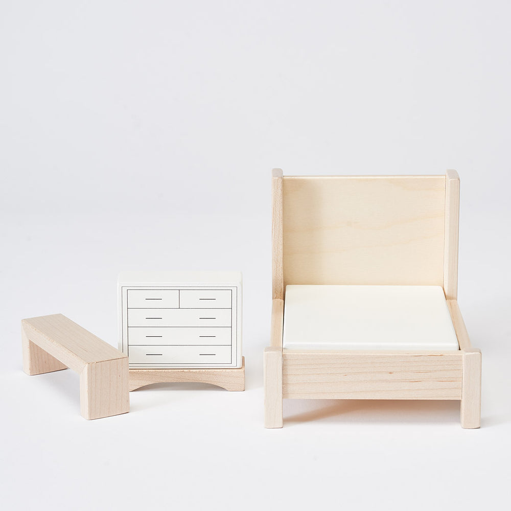 Bedroom Dollhouse Furniture by Milton and Goose