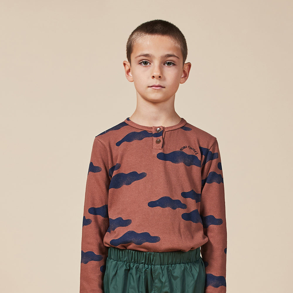 Clouds All Over Buttoned T-shirt by Bobo Choses