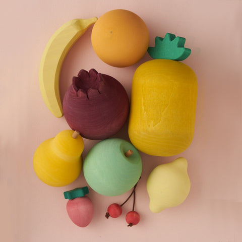 Fruit Set by Raduga Grez