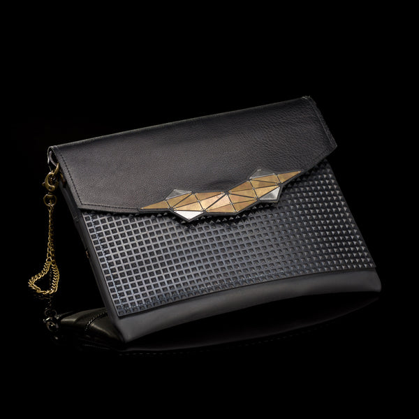 Dark Black Clutch // 303