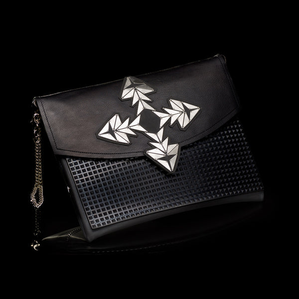 Dark Black Clutch // 304