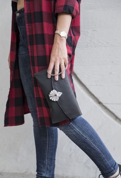 Dark Black Clutch // 306