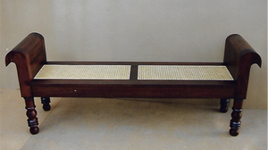 Plantation Chichi Bench