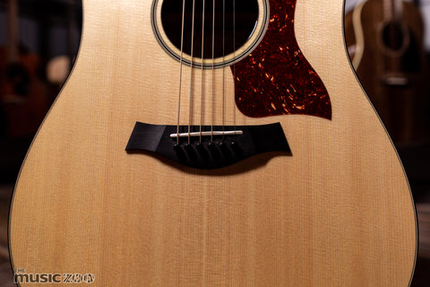Taylor 500 Series Acoustic Guitars 8