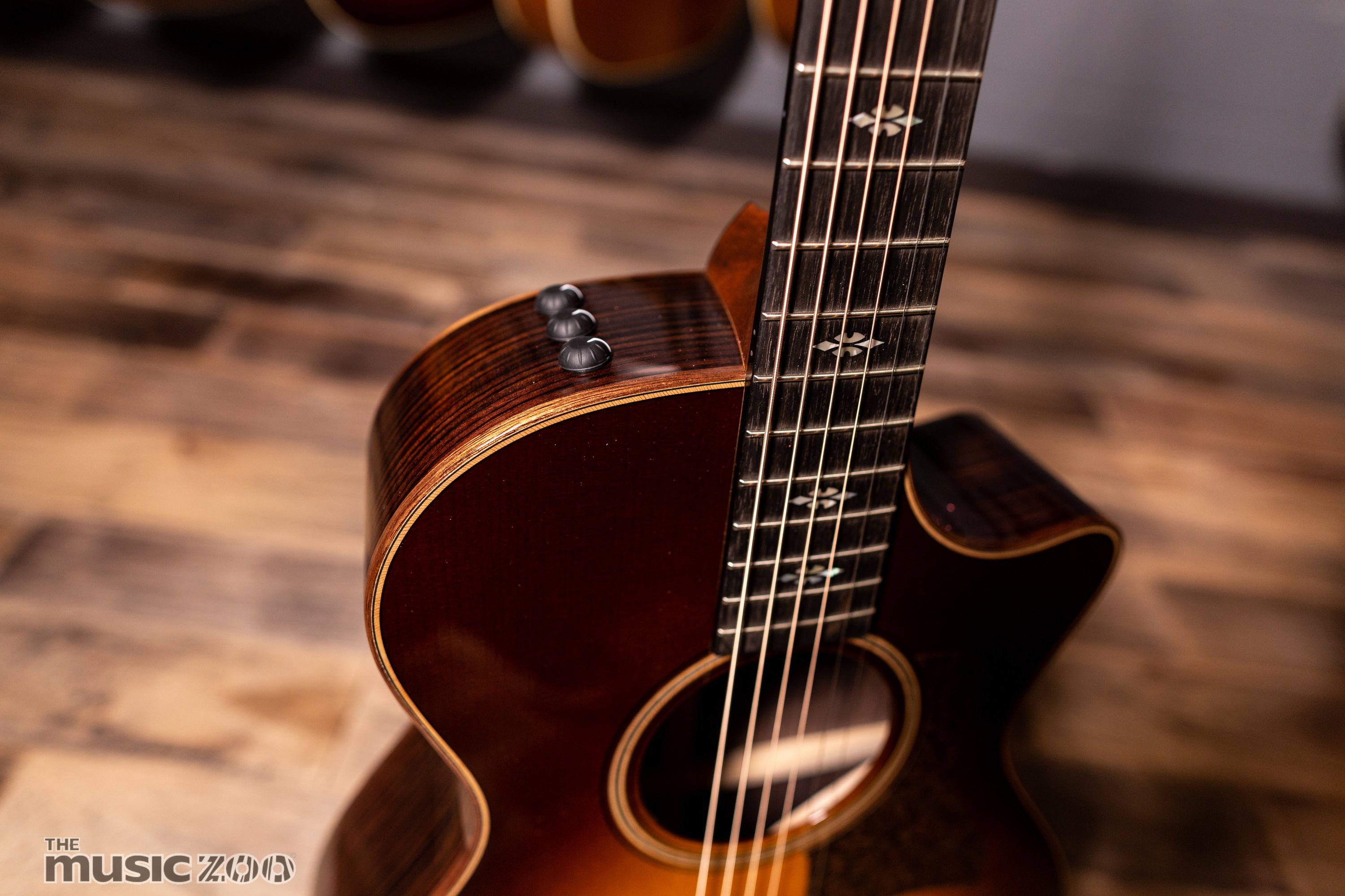 Taylor 700 Series Acoustic Guitars The Music Zoo