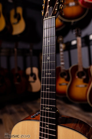 Taylor 500 Series Acoustic Guitars 5