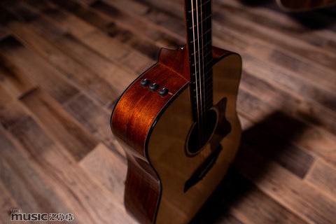 Taylor 500 Series Acoustic Guitars 9