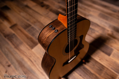 Taylor 100 Series Acoustic Guitars 4