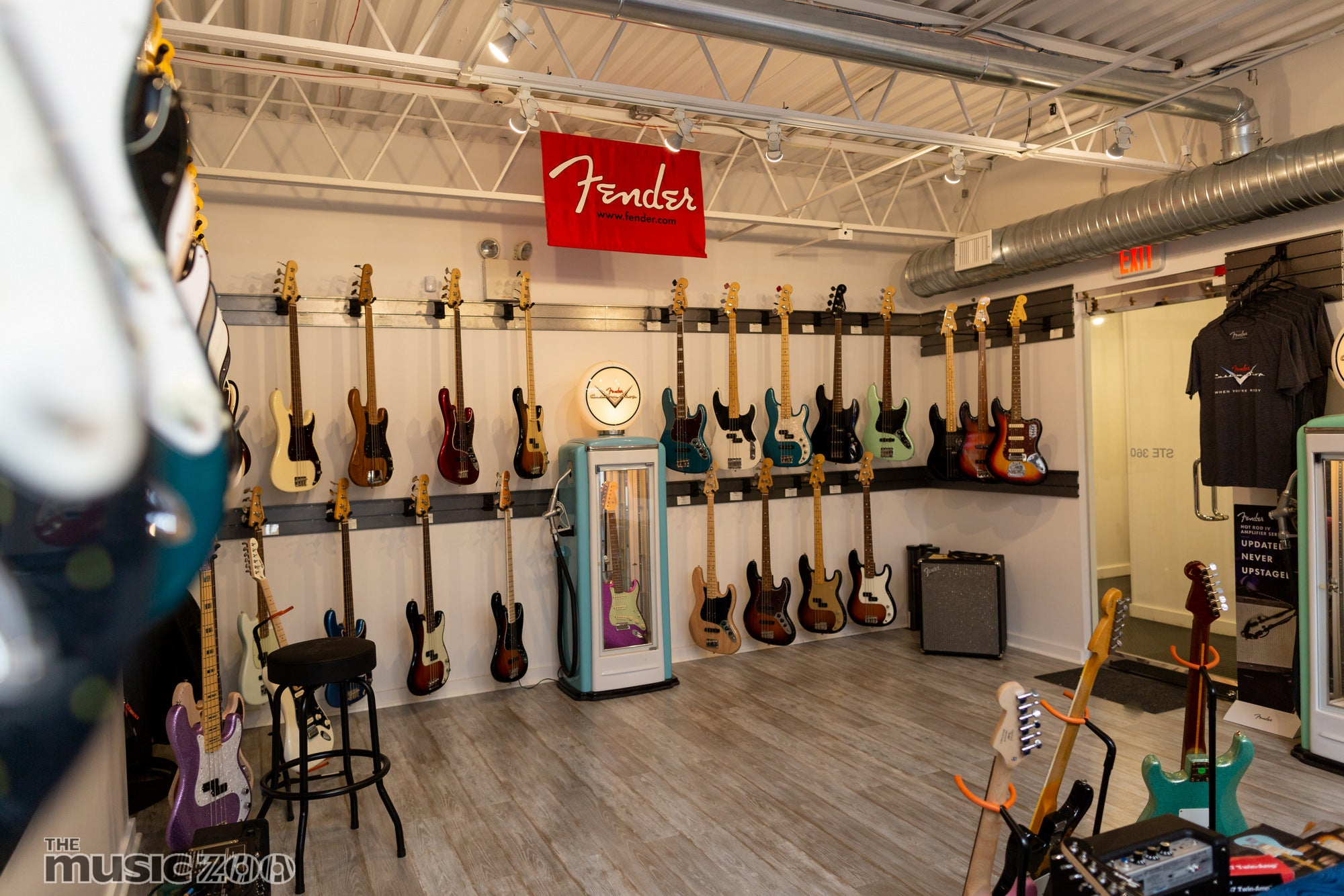 Visit the fender showroom at the music zoo in roslyn ny!