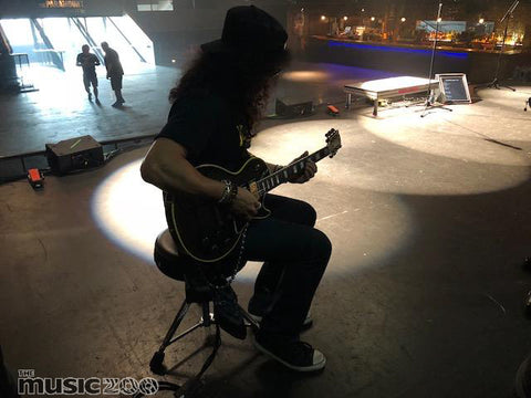 Slash with Tommys 59 Les Paul Custom