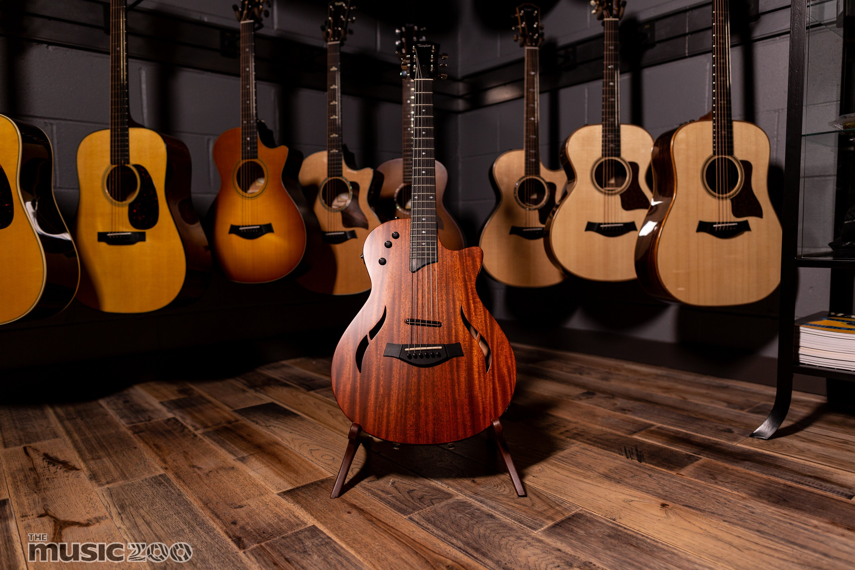 51c0247934a7 Taylor Electric Guitars  The T5
