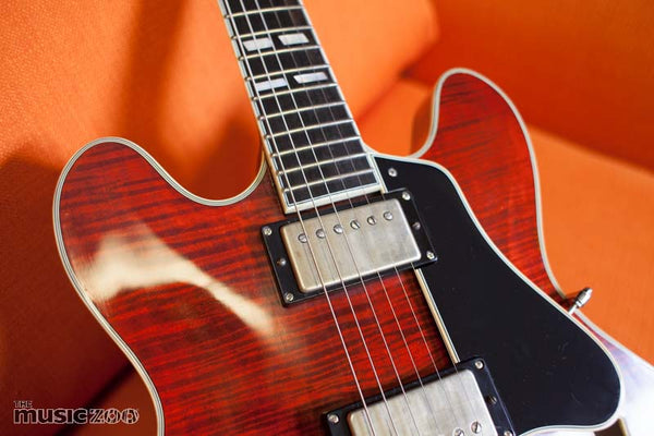 Eastman T59/v Thinline Archtop The Music Zoo Review