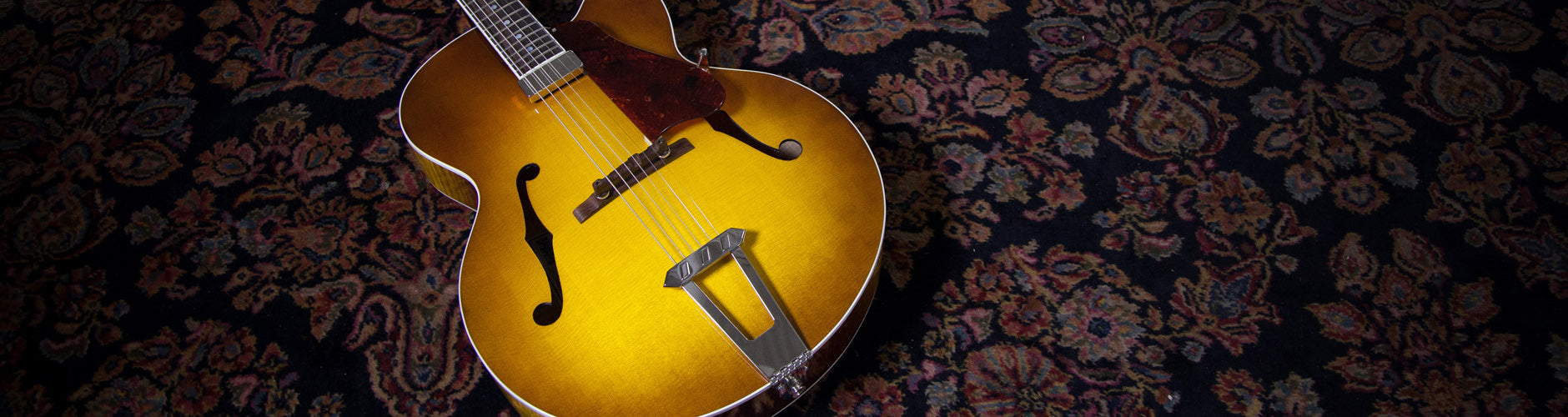Gibson Archtop Guitars At The Music Zoo