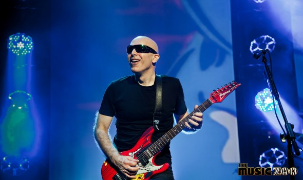"Joe Satriani Performs In Long Island, NY During ""From Surfing To Shockwave Tour"""