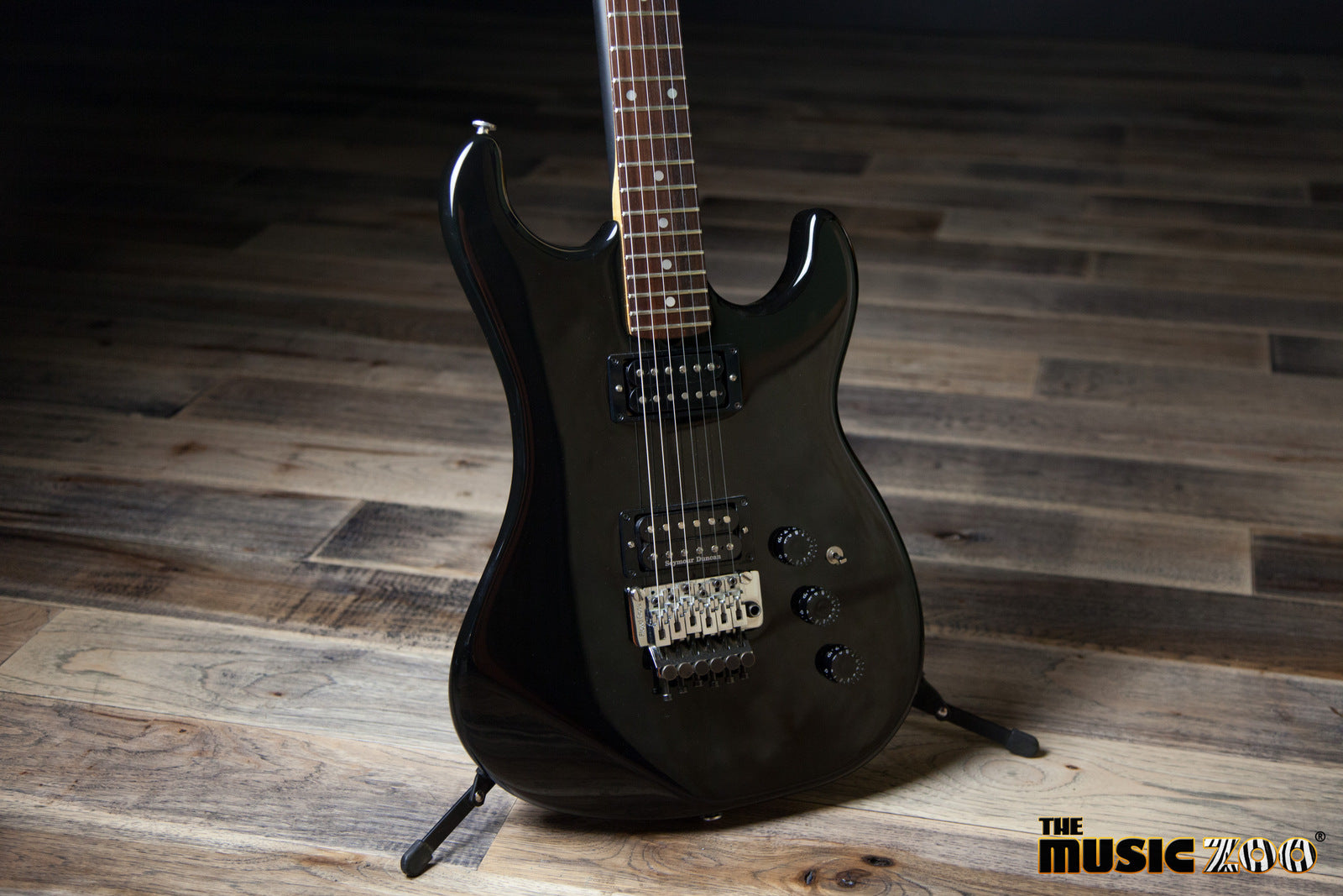 5e07fa354f1 This old-school 1984 Pacer by Kramer Guitars is loaded with a very fitting  set of Seymour Duncan  59 Humbuckers