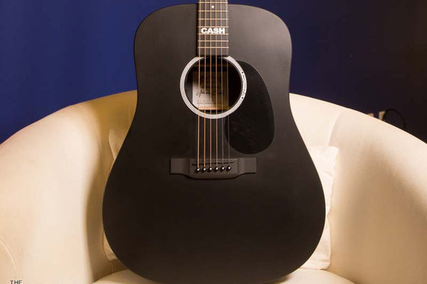 Martin DX Johnny Cash Acoustic-Electric Review!