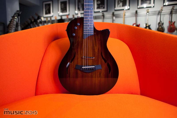 Taylor T5z Classic DLX Front The Music Zoo