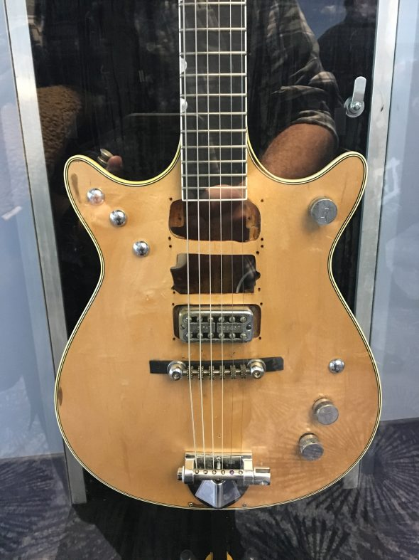 NAMM 2017: Gretsch Custom Masterbuilt Malcolm Young Jet