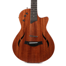 Taylor T5z Classic Acoustic-Electric Hybrid Guitar