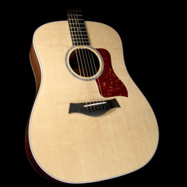 Taylor 210e Deluxe Rosewood Dreadnought Acoustic-Electric Guitar Natural