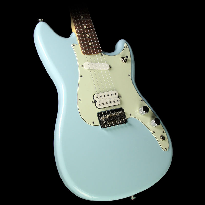 Used Fender Duo-Sonic HS Electric Guitar Daphne Blue 0144020504