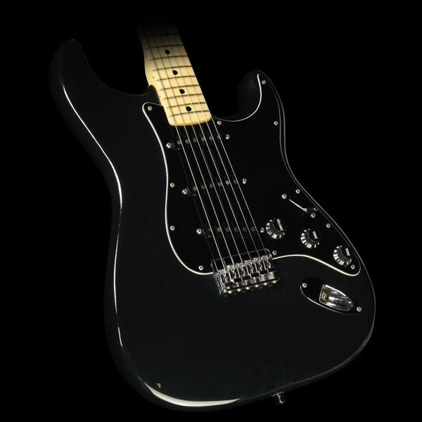 used 1976 fender stratocaster hardtail electric guitar black the music zoo. Black Bedroom Furniture Sets. Home Design Ideas