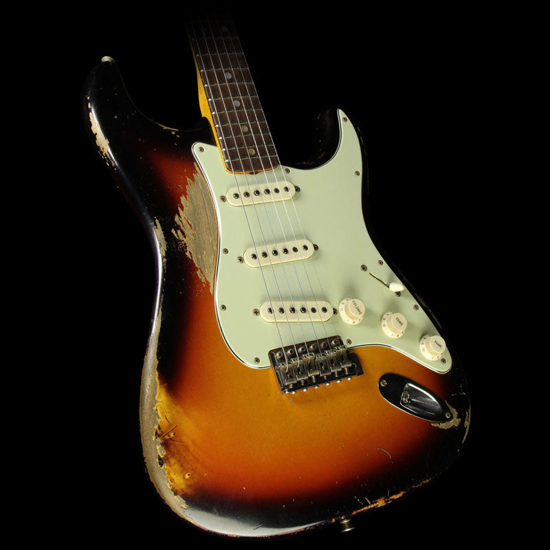 Used 2014 Fender Custom Shop '65 Stratocaster Heavy Relic Electric Guitar Masterbuilt by Dale Wilson 3-Tone Sunburst CZ524319