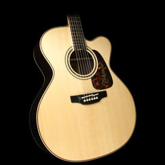 Takamine P7JC Jumbo Acoustic-Electric Guitar Natural