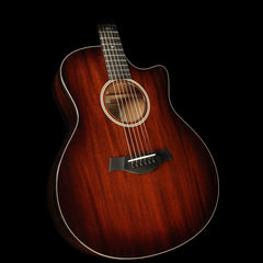 Taylor 526ce All-Mahogany Grand Symphony Acoustic/Electric Guitar