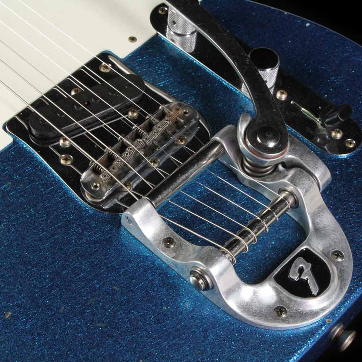 Fender Custom Shop Limited Twisted Telecaster Journeyman Relic Aged Blue Sparkle CZ533870