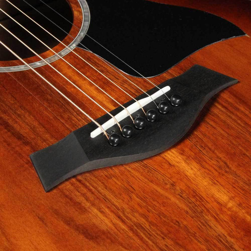 Taylor 224ce-K DLX Acoustic Shaded Edgeburst