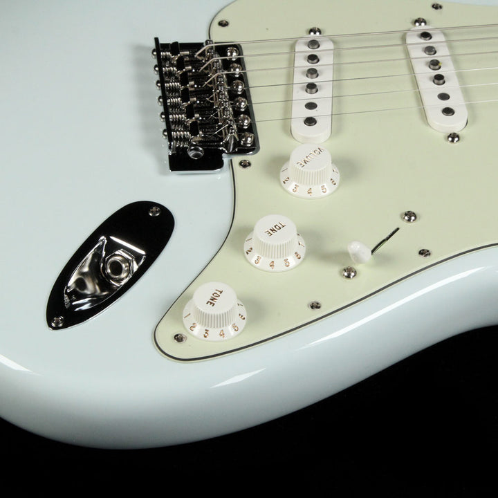 Used Fender American Special Stratocaster Sonic Blue 0115600372