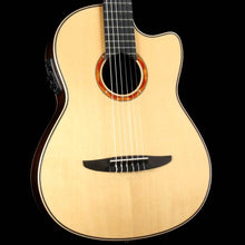 Yamaha NCX2000R Nylon-String Natural