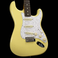 Fender FSR Classic Series '60s Stratocaster Canary Diamond 2015