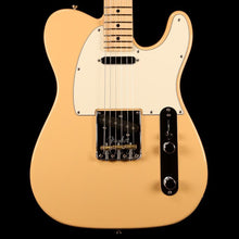 Fender Limited Edition Lightweight Ash American Professional Telecaster Honey Blonde