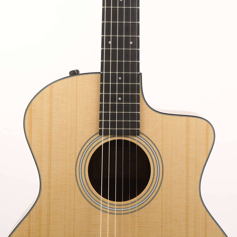 Taylor 114ce-N Grand Auditorium Nylon String Acoustic-Electric C100002103805151000