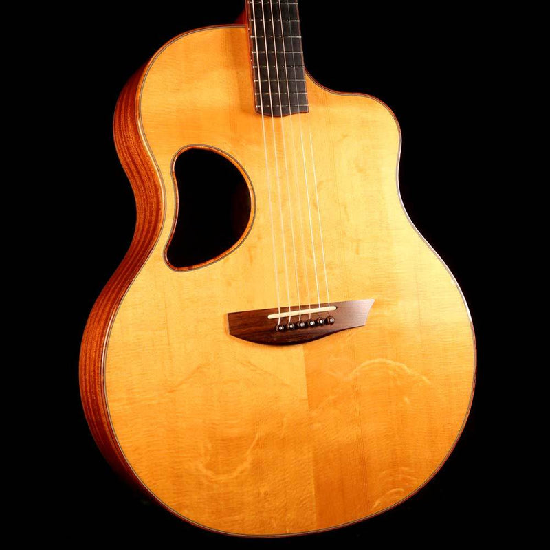 McPherson 4.0 XP Bear Claw Sitka Spruce and African Mahogany Acoustic-Electric 2005 0336