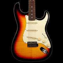 Fender Limited Edition Aerodyne Classic Stratocaster Flame Maple Top 3-Tone Sunburst